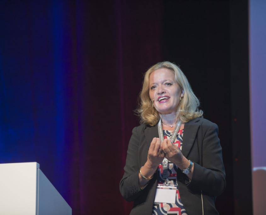 Dr. Anna-Maria Karl, Daimler