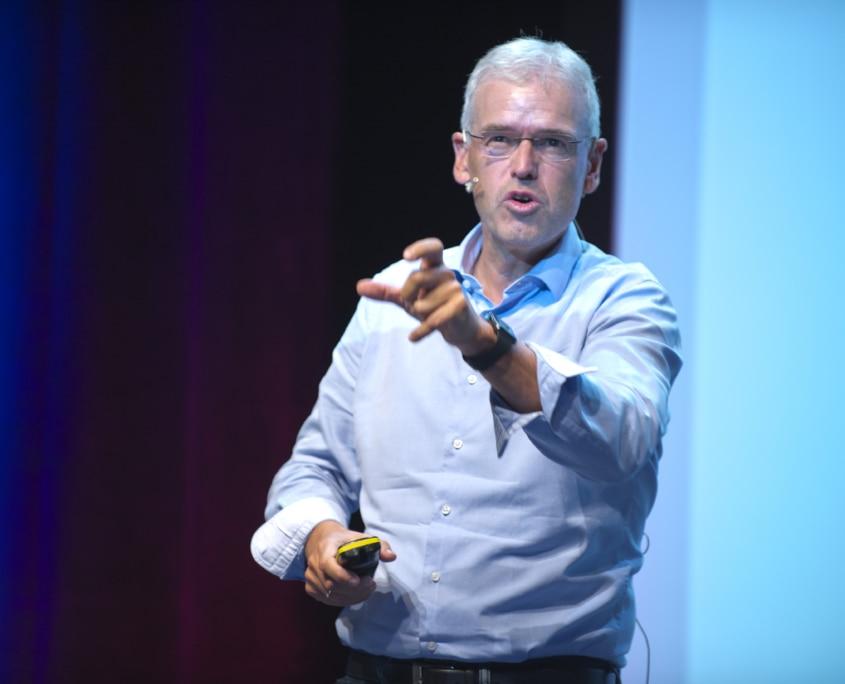 Dr. Holger Schmidt, Autor